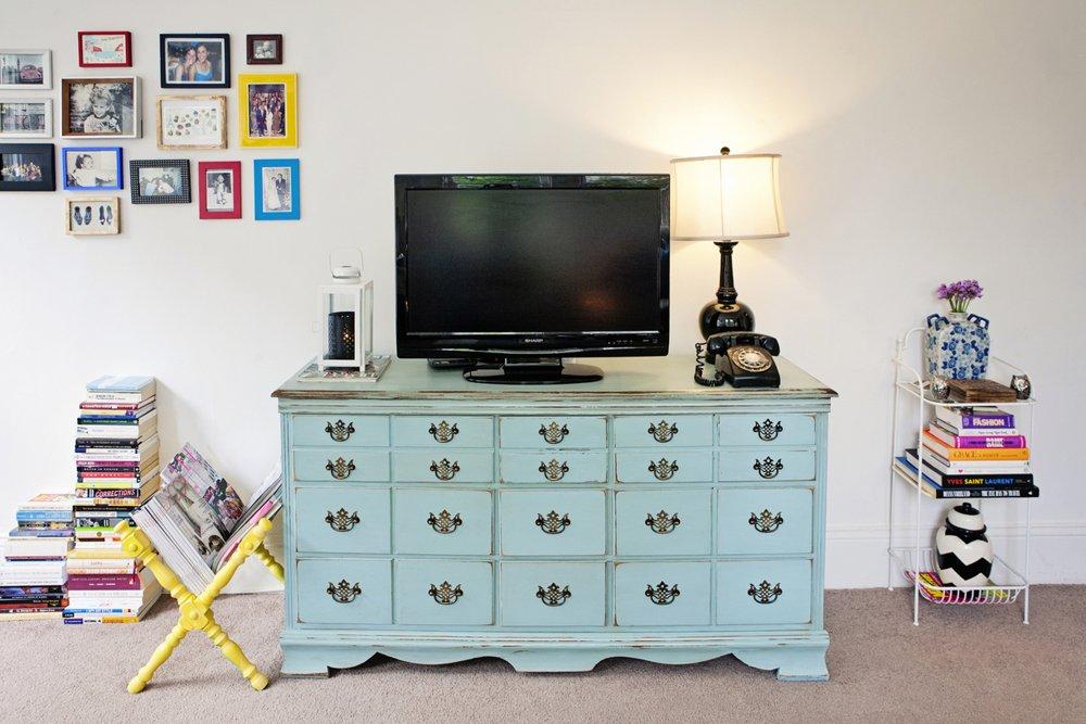 AlamoSquarePad-Dresser
